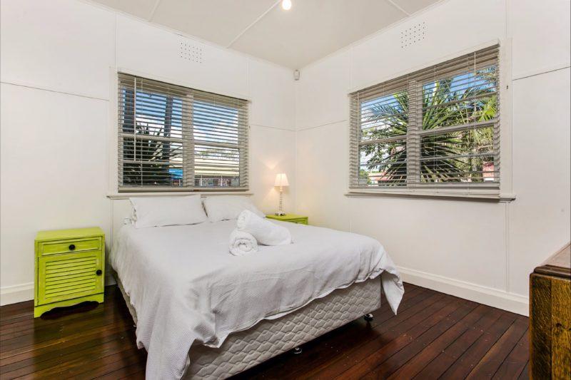 Frankie's Beach House - Bedroom