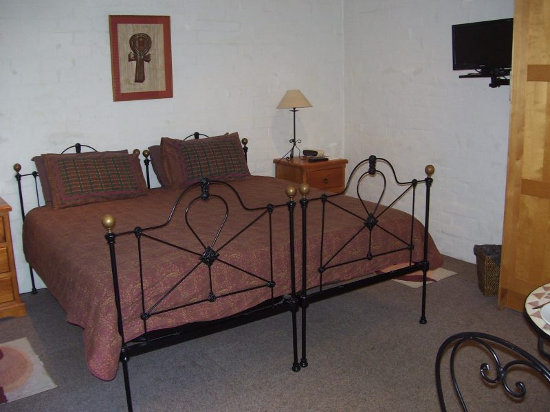 Arranged as king or twin beds. Portable single beds available for extra guests.