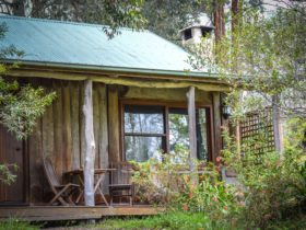 Crescent Moon Cottage Exterior