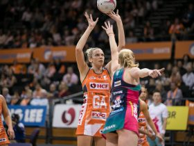 GIANTS v Vixens