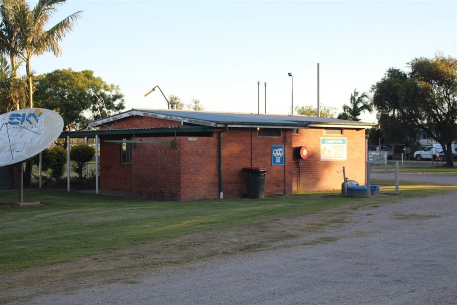 Grafton Greyhound Racing Club Caravan Park