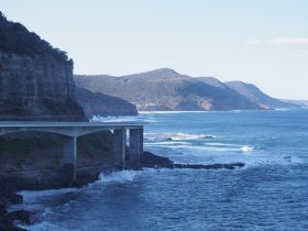 View north form Sea Cliff Bridge to Royal National Park