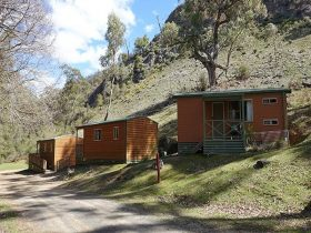 Exterior of 3 Grove Creek cabins accommodation at Abercrombie Karst Conservation Reserver. Photo: St