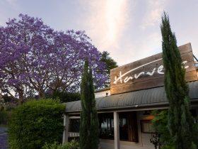 Harvest Newrybar restaurant, deli, bakery