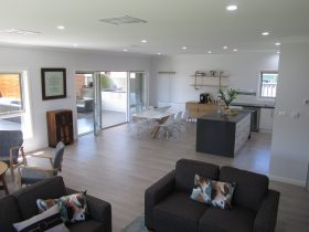 Hillberry lounge area