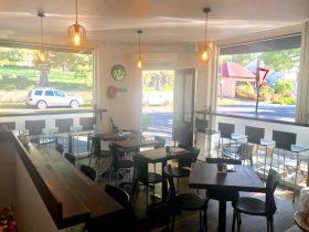 Hollis Park Cafe