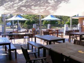 Hotel Illawong Beer Garden