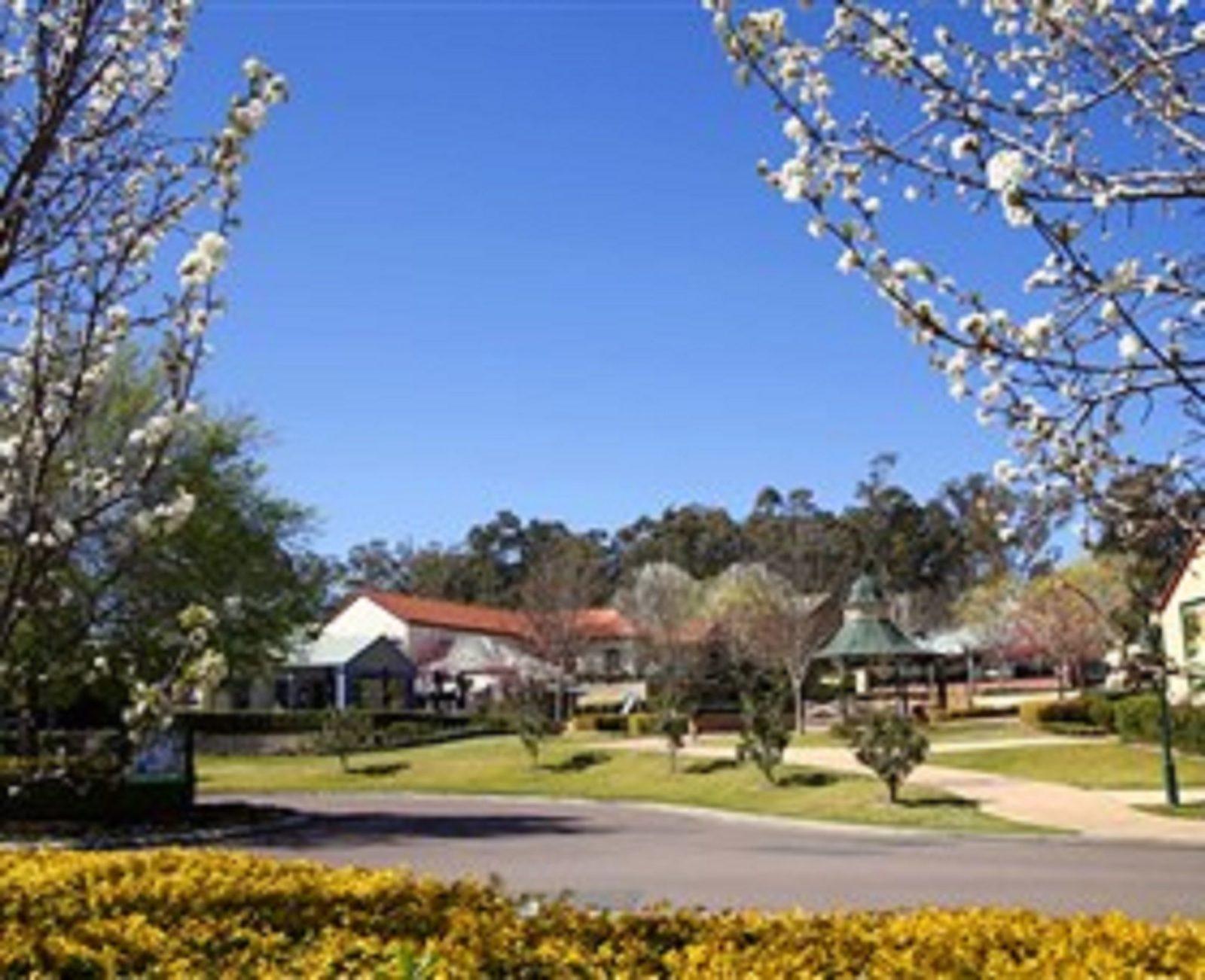 Hunter Valley Gardens Shopping Village