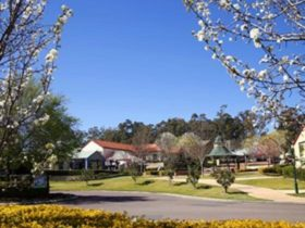 Hunter Valley Gardens Shopping Village