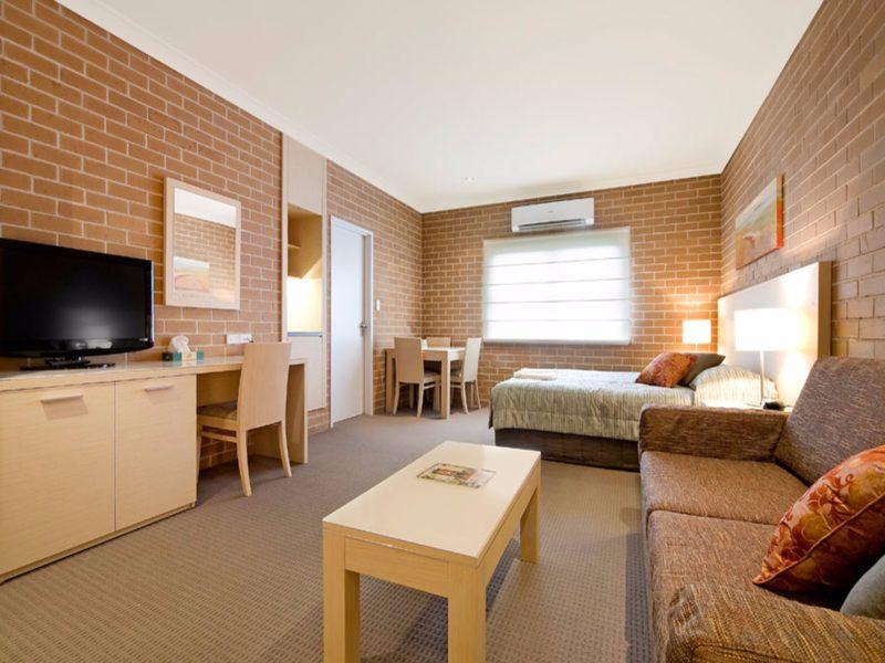 Imperial Motel Queen Room