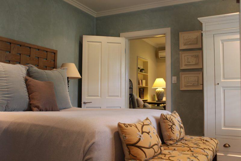 Inn One - Master Bedroom