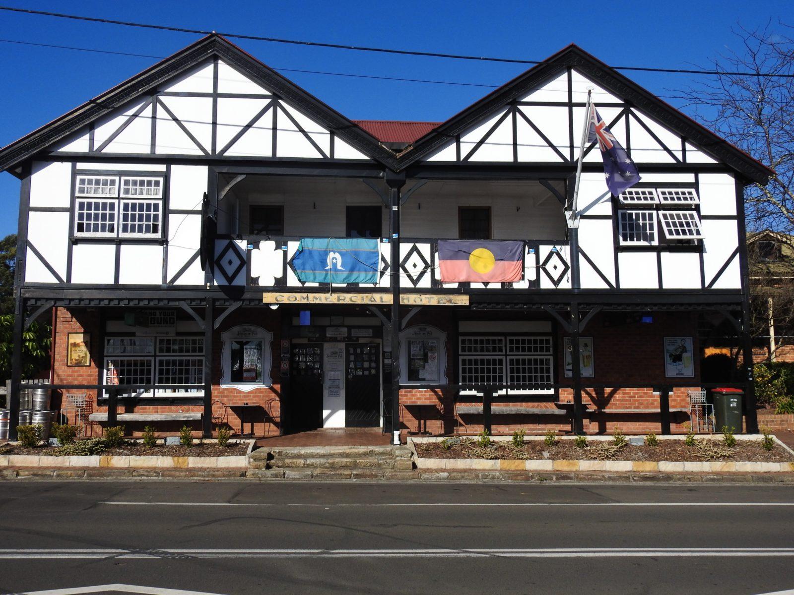 Jamberoo Pub Front View