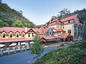 Jenolan Caves House historic hotel