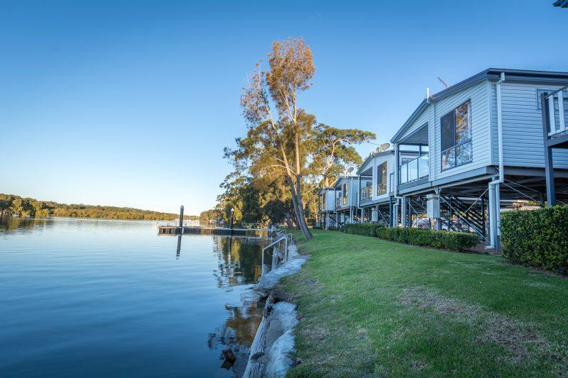 Deluxe Waterfront Spa Villas