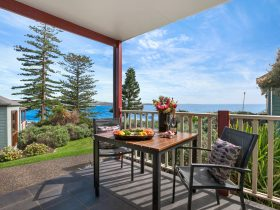 Deck view from Kiama Harbour Cabins