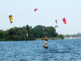 Kite Muddies Kiteboarding Lessons