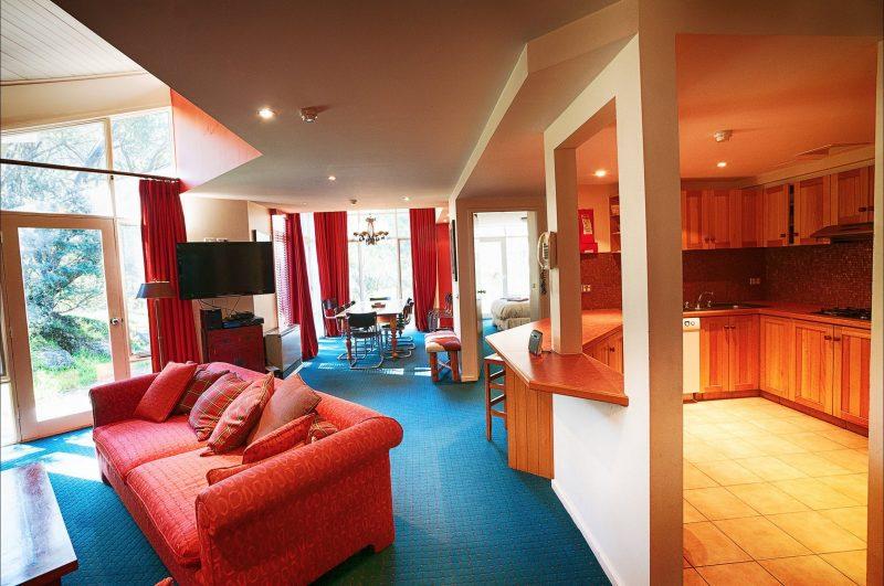 La Piste Truite Open plan living area