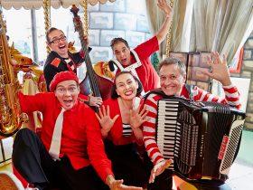 Lah Lah's Stripy Christmas