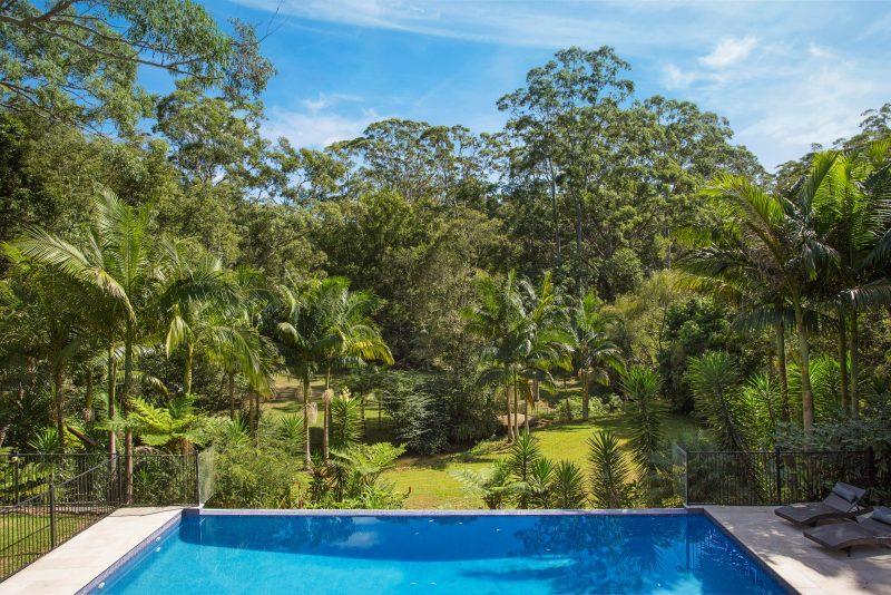 Le Chateau Swimming Pool