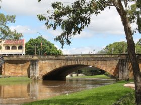 Graceful Lennox Bridge