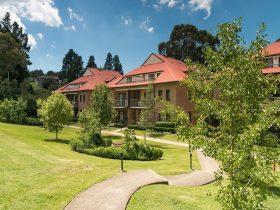 Leisure Inn Spires Garden Area