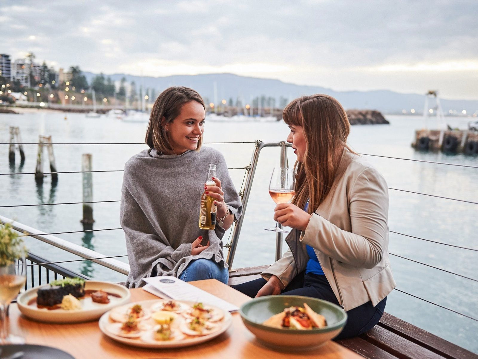 Cocktails with breathtaking and uninterrupted views across Belmore Basin