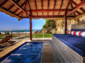 Liapari Beach House