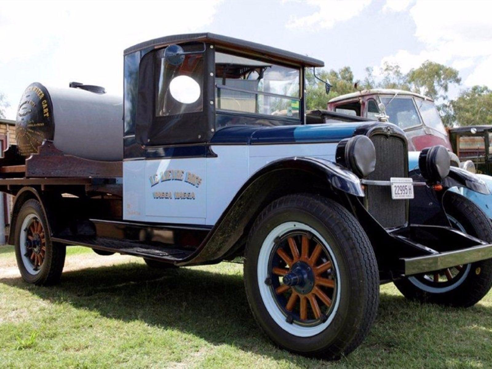 Lockhart Vintage Verandah Fest