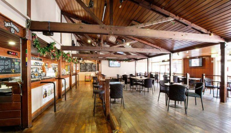 Lockies Hotel