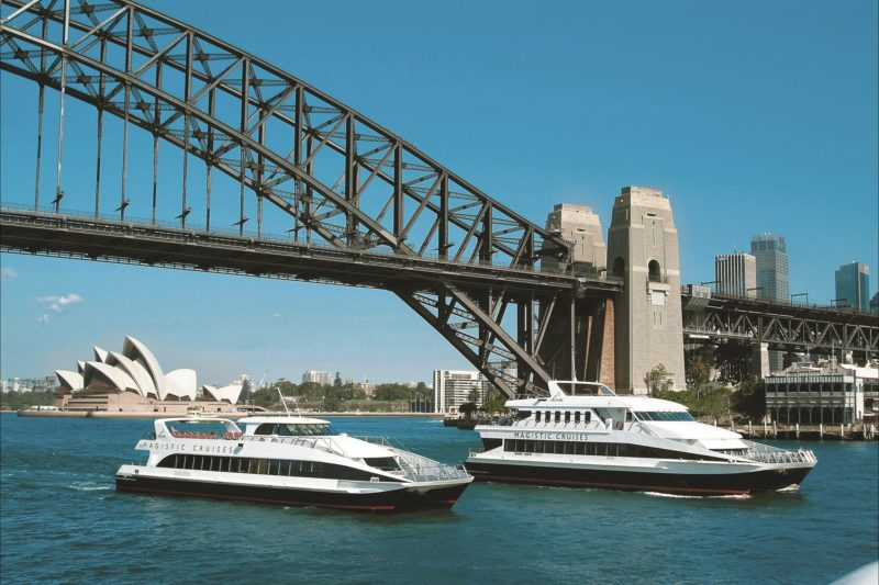 Sydney Lunch cruises with Magistic
