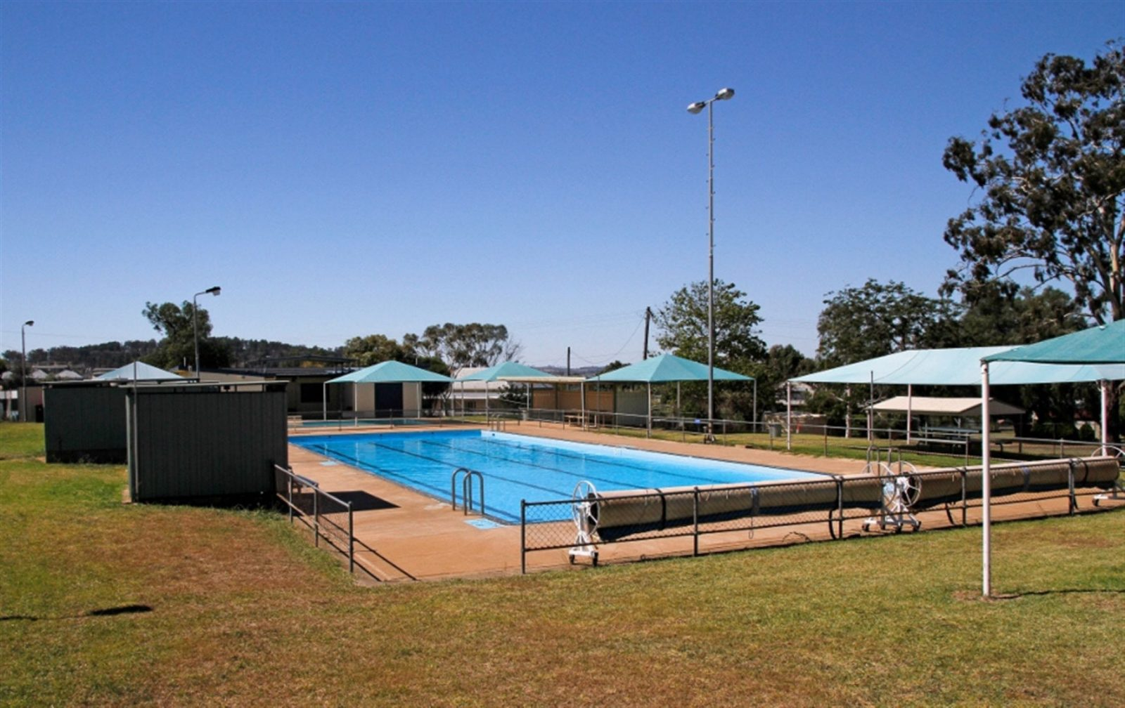 Manildra Swimming Pool