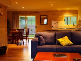 Mannus Lake B&B