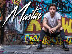 Mastin performs live and free at the Mulwala Water Ski Club
