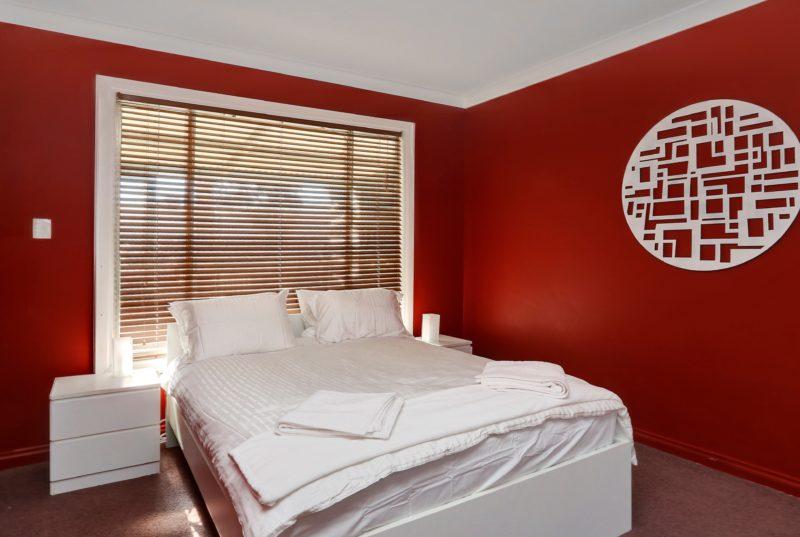 Bedroom double bed