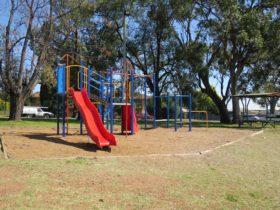 Mornington Park
