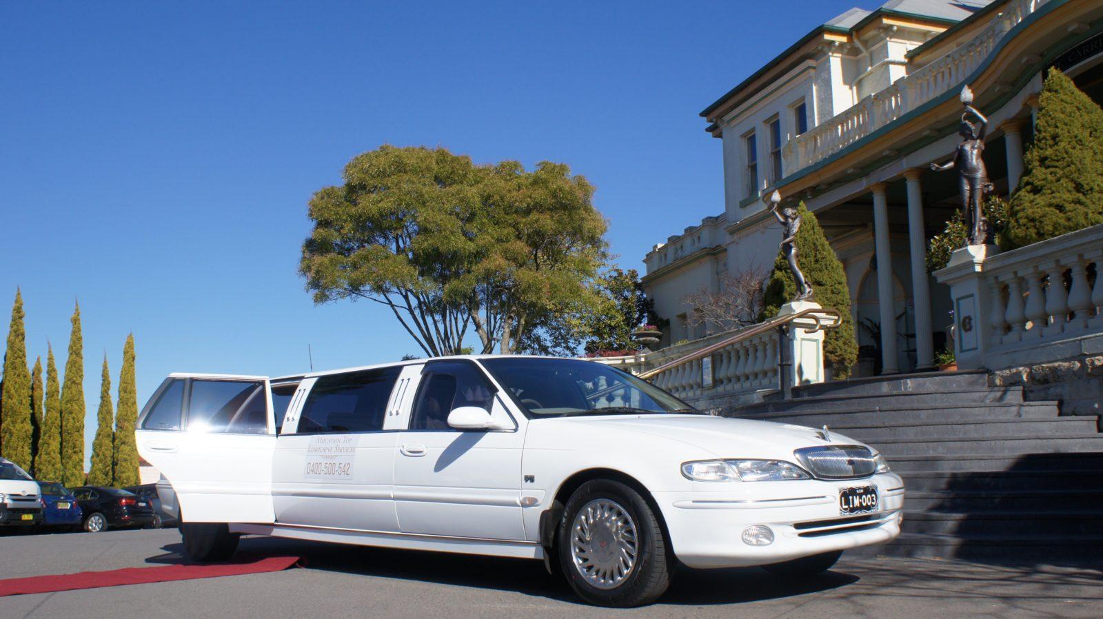 Our Limousine at the Carrington Hotel, Katoomba