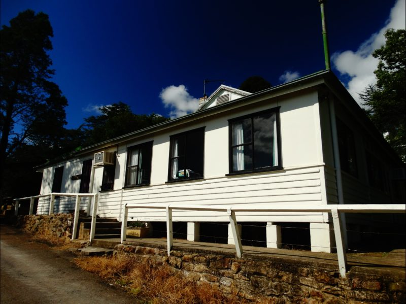Alverna Lodge - suitable for families and large groups.