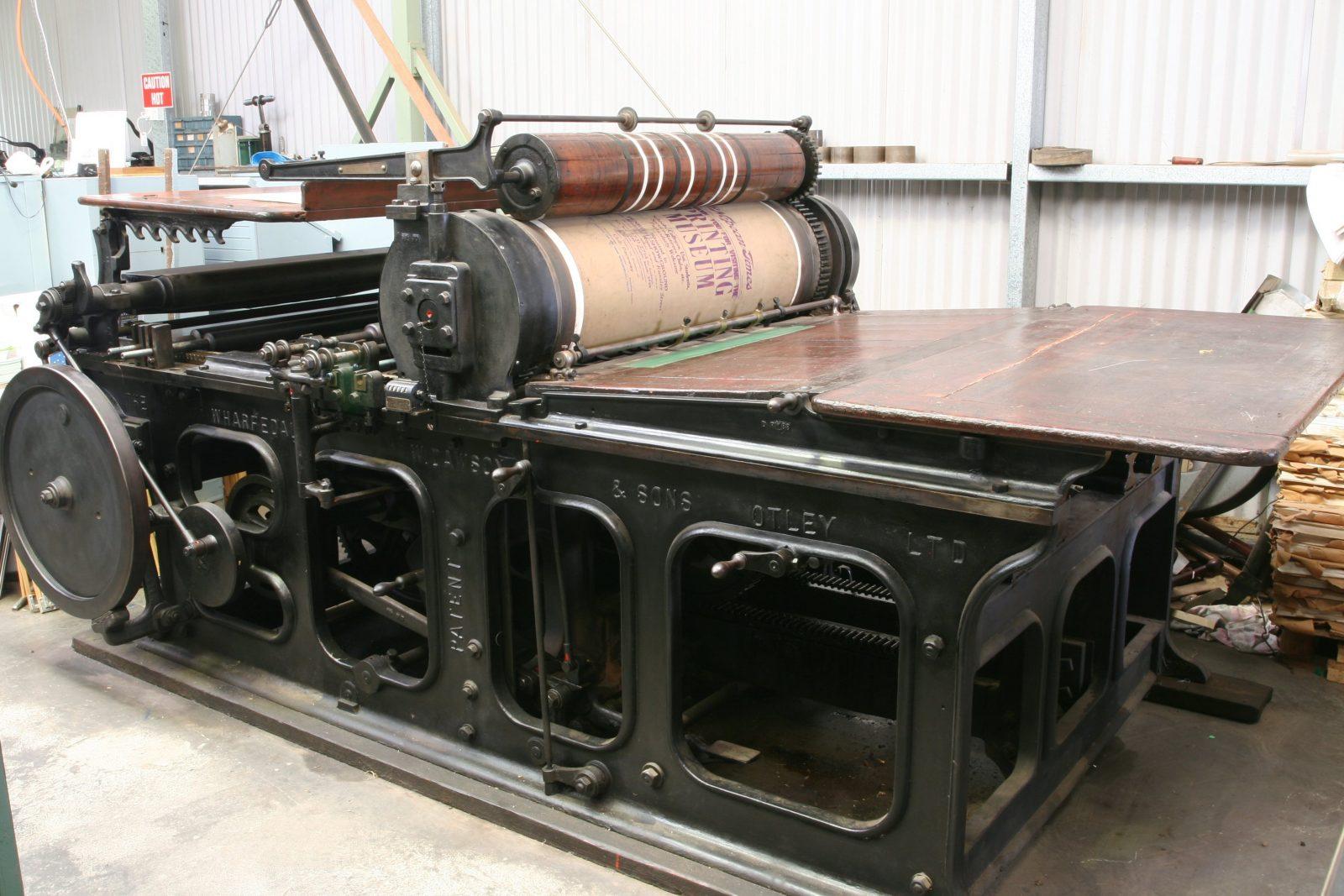 Large printing press