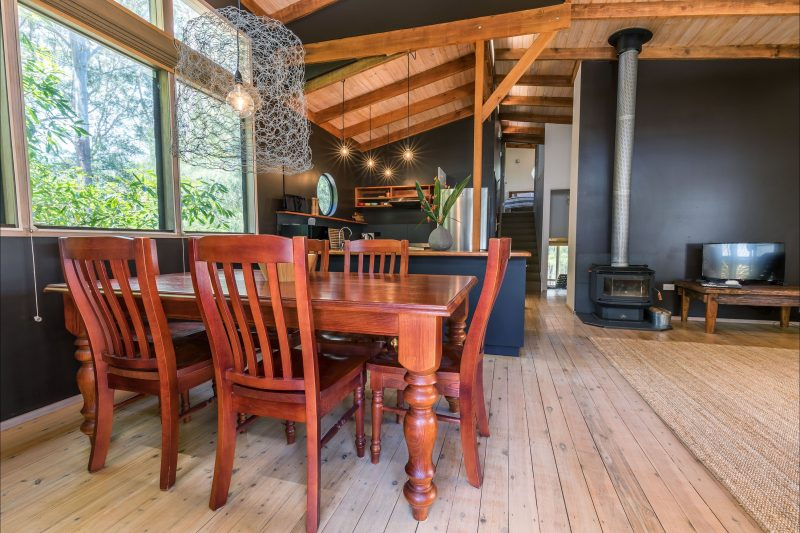 Ideal for dining with family and friends, and enjoying the warmth of the fireplace in cooler months
