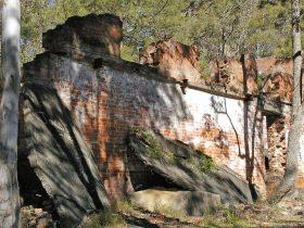 Newnes Shale Oil Ruins