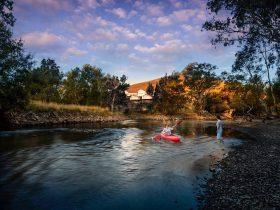 Nimbo Fork Lodge Paddle the Tumut River