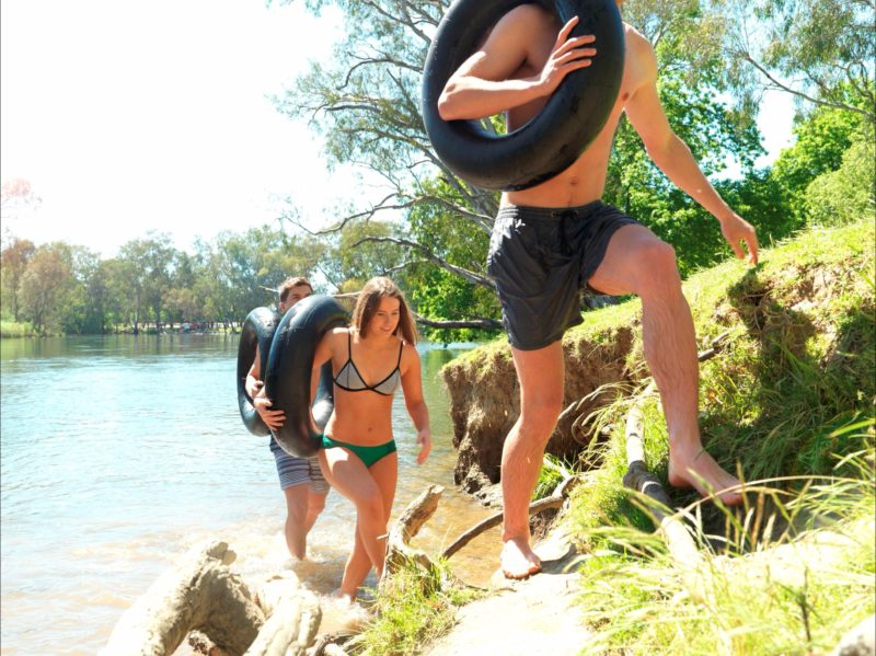 Swimming in the Murray River from Noreuil Park