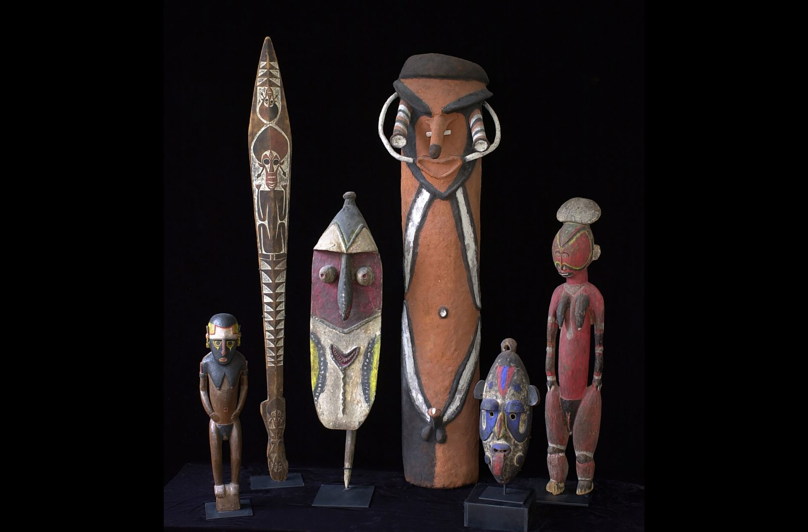 Museum quality Oceanic and Pacific Islands art and artifacts