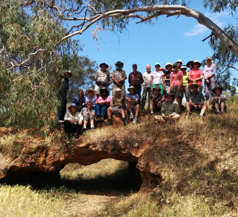Visit to Ochre Arch by members of the Amateur Geological Society of the Hunter Valley