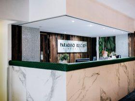 Paradiso Reception