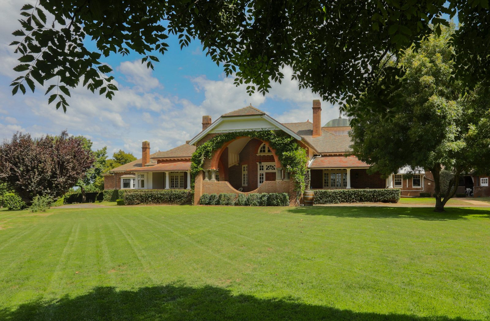 Heritage listed home and grounds