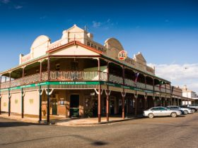 Railway Hotel, Grenfell NSW