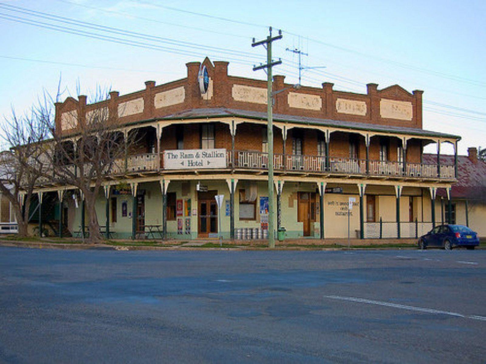The Ram and Stallion Hotel Boorowa Hilltops Region NSW 2586
