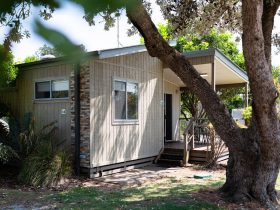 Image of a cabin at Reflections Lennox Head