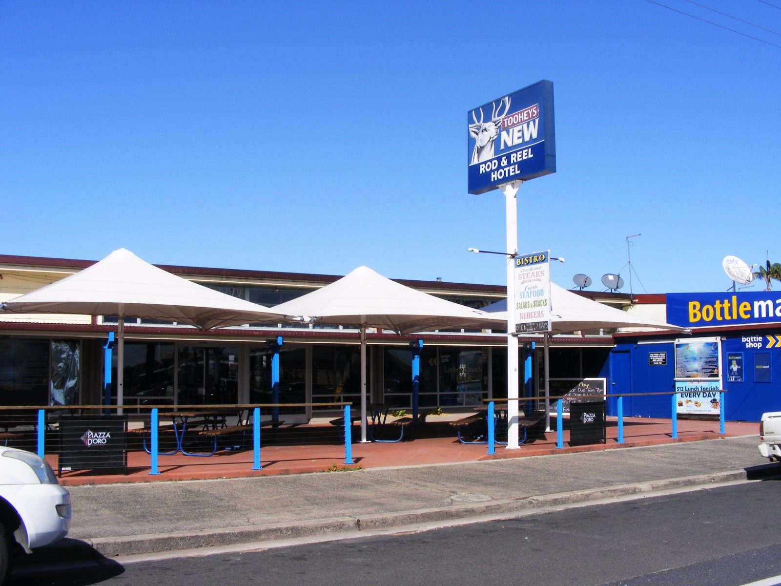 Hotel Frontage and Beer Garden